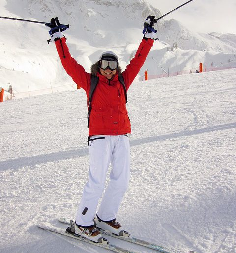 Modnie i wygodnie na stoku – kurtki narciarskie męskie